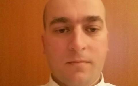 Dr. Nihad Mujić